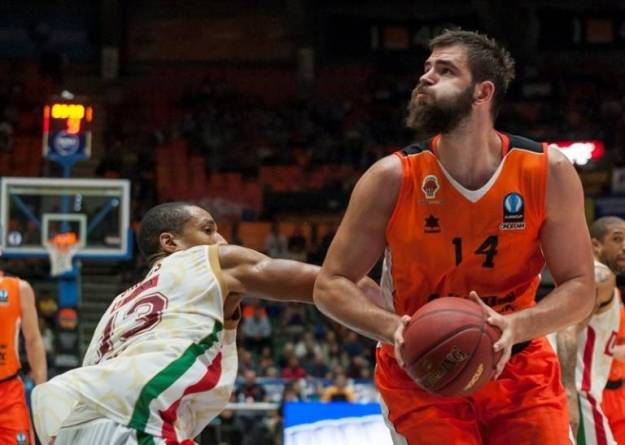 bojan-dubljevic-2-valencia-basket-ec15-photo-val